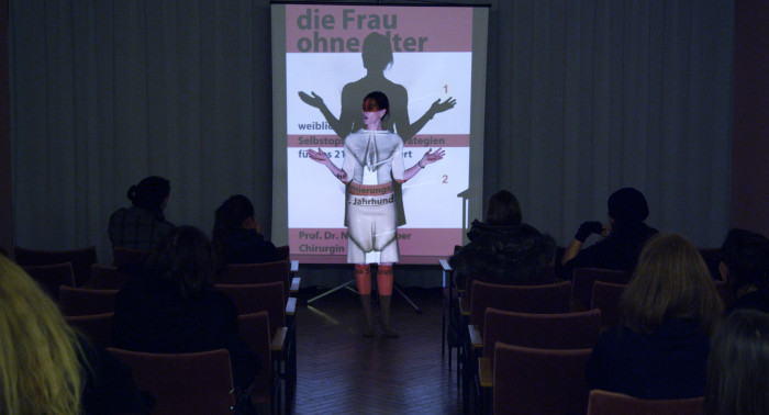Nina Kronjäger - DIE SCHÖNHEITSCHIRURGIN